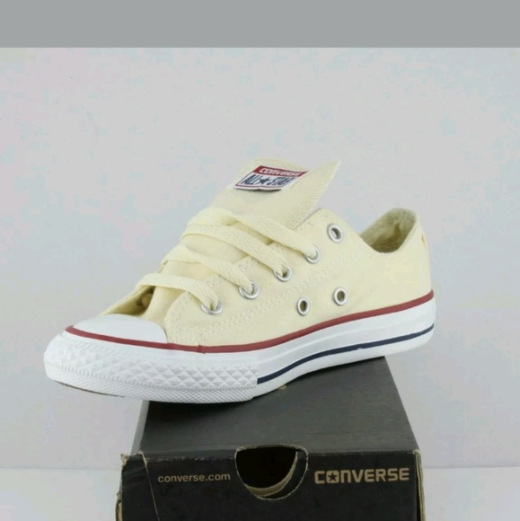 9b6ca74d944a Convers All Star Chucks Youth size 1